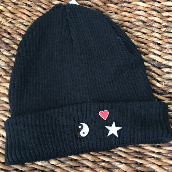 543c3a5a25841 Mudd black three pin beanie
